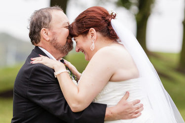 Another happy Ashley Gerrity Photography couple rated us as 5-star Philadelphia Wedding Photographers.